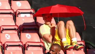 Tanda tanya soal masa depan Mesut Ozil bersama Arsenal terus berlanjut. Hingga pertandingan terakhir melawan Tottenham Hotspur yang dilakoni oleh Arsenal,...