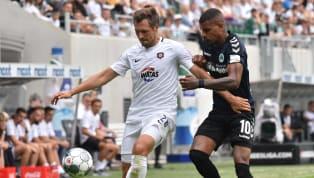 Mit einem 3:0-Sieg bei den Würzburger Kickers startete Erzgebirge Aue in die neue Zweitligasaison - Greuther Fürth musste sich dagegen mit einem 1:1 gegen den...