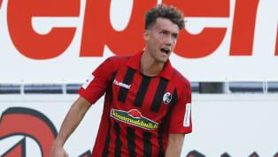 Der SC Freiburg hielt sich auf dem Transfermarkt bislang weitestgehend zurück. Mit Mittelstürmer Ermedin Demirovic vom spanischen Erstligisten Deportivo...
