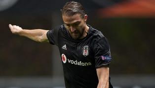 Beşiktaş'ta son haftalarda forma şansı bulamayan Caner Erkin'le sezon sonunda yolların ayrılacağı açıklanmıştı. Deneyimli oyuncunun ayrılığı...