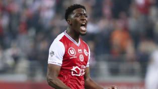 La Premier League fait du pied au défenseur central du Stade de Reims, Axel Disasi. Annoncé du côté d'Arsenal ces dernières semaines, le joueur de 22 ans...