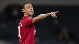 Sau tất cả, Nemanja Matic đã đặt bút gia hạn với Man United, đập tan mọi tin đồn về khả năng ra đi vào cuối mùa. Tiền vệ ngôi sao người Serbia trước đó được...