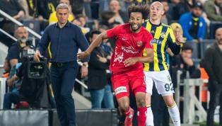 Sporx'te yer alan habere göre; Fenerbahçe, Antalyaspor'dan Nazım Sangare ile 4 yıllık sözleşme imzalandığını açıkladı. Fenerbahçe'den yapılan açıklamada,...