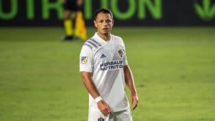 Javier Hernández siempre ha sido tema de discusión entre los aficionados mexicanos, pues hay que recordar que cuando inició siendo jugador de las Chivas...