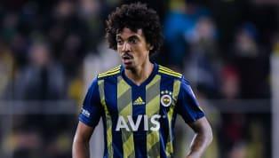 Peş peşe transfer bombalarını patlatan Fenerbahçe'de harcama limiti bel büküyor... Fenerbahçe'de gözler bugün Kulüpler Birliği ve TFF arasında gerçekleşecek...