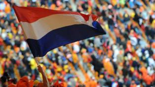 Liverpool formasını giyen Hollandalı futbolcular Georginio Wijnaldum ile Virgil van Dijk, kariyerlerinde ilk defa Şampiyonlar Ligi kupasını kaldırdı. Bu çok...
