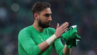 El París Saint-Germain busca un portero, un líder que defienda su meta. La temporada la ha empezado Areola, pero quieren fichar a un guardameta que ejerza...