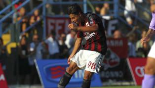 Un talento, un calciatore capace di poter calcare i migliori campi del Mondo.Poi si è un po' perso e ha perso anche la possibilità di giocare in Serie A con...