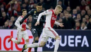 Uno de los deseos delReal Madridhace varios meses es el medio-centro del Ajax, Donny Van de Beek. El joven y talentoso centro-campista maravilló a los...
