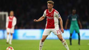 Frenkie De Jong todavía no ha llegado a Barcelona y ya se ha visto inmerso en su primera polémica. El neerlandés aterrizará en la Ciudad Condal sin un puesto...