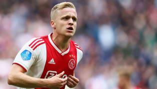 Konsistensi dan performa apik yang diperlihatkan Ajax Amsterdam di musim 2018/19 benar-benar mencuri perhatian publik, terlebih mereka juga sukses menjuarai...