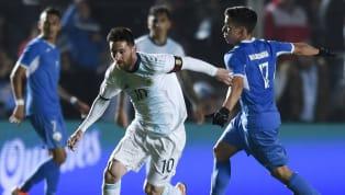 Franco Armani (6): Prácticamente no le llegaron y no tuvo participación. El gol de Nicaragua fue de penal. Renzo Saravia (6): No lo atacaron y trató de ser...