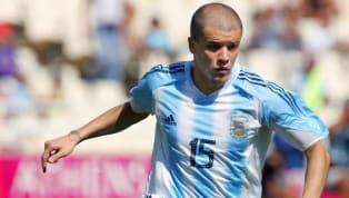 É natural que um jogador de futebol alimente o sonho de defender a sua seleção e ir a uma Copa do Mundo. Porém, a realidade mostra que muitos atletas de...