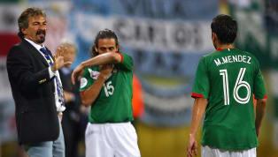 Ricardo La Volpe, director técnico argentino que dirigió a México en elMundial de Alemania 2006, señaló al culpable de la dolorosa eliminación del Tri, pues...