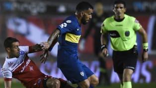 Carlos Tévez volvió a la Paternal y se vivió un clima muy hostil en su contra. La última vez que jugó allí, provocó la grave lesión de Ezequiel Ham (doble...