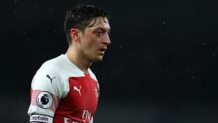 Selon les informations duDaily Mail, Mesut Özil aurait refusé une proposition duParis Saint-Germainpour un transfert cet hiver sous forme de prêt. Mesut...