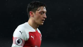 La relación entre el alemán Mesut Ozil y el estratega español Unai Emery no pasa por el mejor momento y así quedó demostrado tras la derrota del Arsenal a...