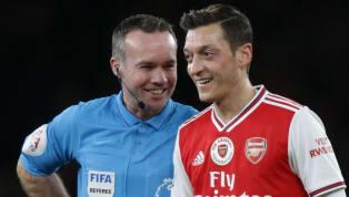 Eine große Zukunft haben sie ihm nicht mehr prophezeit, beimFC Arsenal. Doch das war noch unter Unai Emery. Und wie das im Fußball halt so ist: Neuer...