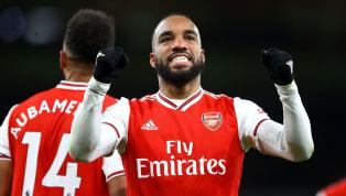 """Dans un stade rempli, à l'occasion d'un """"Super Sunday""""à l'anglaise, les Gunners et les Magpies s'affrontaient alors que les deux équipes étaient au coude à..."""