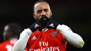Cựu sao Arsenal Robin van Persie không mấy hài lòng về Alexandre Lacazette dù anh ghi bàn duy nhất hạ Olympiakos. Van Persie phê bình Lacazette trong cách di...