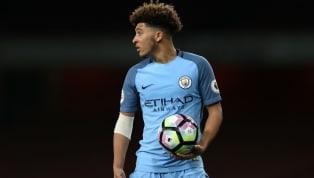 Keputusan dalam memilih sebuah klub, bisa menentukan perjalanan karier seorang pemain muda. Bergabung dengan klub papan atas, kendati menawarkan potensi...