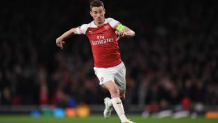Sarı-Lacivertliler, 2020'ye kadar sözleşmesi bulunan tecrübeli stoper için Arsenal'in kapısını çaldı. İngiliz temsilcisi, Lyon ve Dortmund'un da istediği...