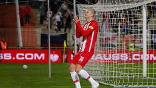 Si ya resulta complicado anotar en el debut europeo en Champions League, hacerlo en los cuatro primeros partidos es un hito al alcance de pocos elegidos. En...