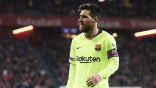 Aquí es donde llega la máxima locura. Leo Messi es el jugador mejor pagado, con 100 millones de euros anuales, aunque en su caso los impuestos se llevan una...