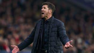 En el mundo del fútbol todo cambia muy deprisa, quizás, demasiado rápido. Lo mismo un día está un entrenador a punto de ser despedido, que al otro está en la...