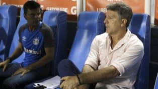 Para quem duvidou que oGrêmioteria condições de se reforçar à altura de outros clubes com mais poderio de investimento no Brasil, Romildo Bolzan Jr tratou...