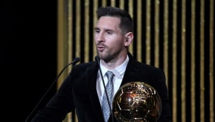 Ballon d'Or adalah penghargaan individual tertinggi yang dapat diraih oleh seorang pemain sepak bola. Keberhasilan meraih penghargaan tersebut dapat disebut...