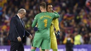 El portero español del Manchester United, David De Gea, es el portero mejor pagado del mundo. El guardameta 'red' recibe anualmente la cantidad de 10,5...
