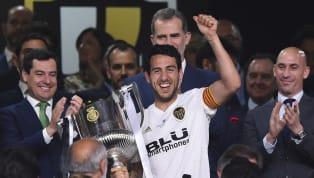 Dopo la scioccante eliminazione dalla Champions League, altro tonfo del Barcellona. I blaugrana perdono 2-1 contro il Valencia nella finale di Coppa del Re....
