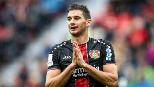 Geht jetzt alles ganz schnell? Leverkusens Lucas Alario steht laut spanischen Medien unmittelbar vor einem Wechsel zu Betis Sevilla. Demnach strebe...