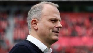 Nach einer länger andauernden Suche wird sich Schalke 04laut der Bildwohl zunächst ohne Sportdirektor begnügen müssen. Das wäre den aktuellen Strukturen...