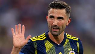 Sabah'ta yer alan habere göre;Fenerbahçe'de, yaşadığı sakatlıklar sebebiyle bu sezon düzenli forma şansı bulamayan 30 yaşındaki sol bek Hasan Ali...