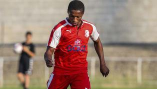 Galatasaray'da Marcelo Saracchi ve Henry Onyekuru'nun ardındanbir başka yeni transferJesse Sekidika'nın da lisansı çıkarıldı. Nijeryalı hücum oyuncusu,...