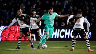 Alors qu'il réalise actuellement une saison exceptionnelle avec leReal Madrid, Karim Benzema va être récompensé en fin de saison par son club. En...
