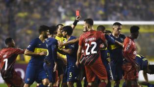 """""""Sin VAR, es imposible ganar en La Bombonera"""", había expresado de manera contundenteTiago Nunes,entrenador de Athletico Paranaense, tras la victoria..."""