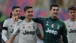 Mattia Perin, ex portiere dellaJuventus, aveva ritrovato il giusto spazio nel Genoa, dopo l'addio ai bianconeri. Il portiere, dopo un infortunio, è tornato...