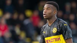 Am Mittwochfeierte Borussia Dortmunds Mega-Talent Youssoufa Moukoko seinen 15. Geburtstag. Die ganze Fußballwelt gratulierte dem Stürmer zu seinem Ehrentag....