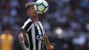 O meia Leo Valencia está sem espaço no Botafogo e conversa com o Colo-Colo, do Chile, para jogar em seu país de origem. No entanto, tem um aspecto que, no...