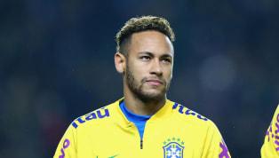 पूर्व ब्राज़ील डिफेंडर एडमिल्सन ने कहा है कि पेरिस सेंट जर्मेन के स्टार नेमार ने फ्रेंच क्लब के साथ 222 मिलियन यूरो की डील साइन कर गलती कर दी थी। गौरतलब है...