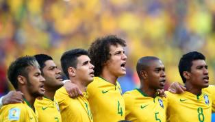 Dinheiro e/ou plano de carreira? Os grandes jogadores de futebol precisam fazer escolhas ao longo de suas trajetórias no esporte e uma das maiores é seguir na...
