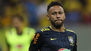 Ao deixar o Barcelona ruma ao Paris Saint-Germainpor 222 milhões de euros (R$ 821 milhões à época),Neymarassumiu o posto de maior contratação da história...