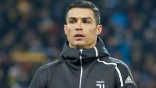 Cristiano Ronaldoist nur noch ehemaliger Weltfußballer, denn der Portugiese musste seinen Preis in diesem Jahr an seinen Ex-Teamkollegen Luka Modric...