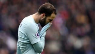 Luego de confirmar que no volverá a jugar en la selección Argentina, Gonzalo Higuaín decidió romper el silencio y hablar de los malos momentos que tuvo que...