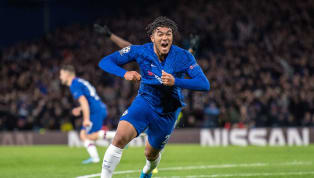 Chelseaberhasil meraih satu poin saat bermain imbang 4-4 kontra Ajax Amsterdamdalam lanjutan pertandingan babak fase grupChampions Leagueyang...