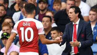 Chia sẻ trên BBC 5 Live, David Ornstein cho biết BLĐ Arsenal đang rất ủng hộ HLV Unai Emery trong việc đẩy đi tiền vệ Mesut Ozil. New: Ornstein: Unai Emery...