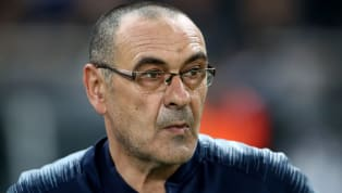 Le successeur de Max Allegri à la Juventus est désormais connu ! C'est donc l'ancien ennemi juré de la Vieille Dame, Maurizio Sarri,qui va en prendre la...
